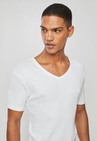 Superbalist - 2 pack premium ribbed V-neck sleep tops - white