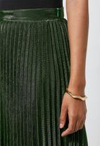 Superbalist - Metallic pleated skirt - green