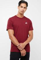 Nike - Nsw club short sleeve tee - burgundy
