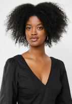 Glamorous - V-neck blouse - black