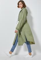 Superbalist - Longer length waterproof anorak - green