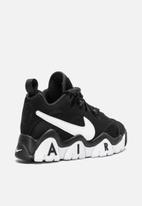 Nike - Air Barrage low - black / white-white
