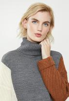 ONLY - Vincina long sleeve rollneck pullover - multi