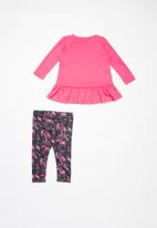 Nike - Nkg peplum tunic legging set - black & pink