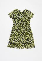 name it - Lucky short sleeve dress - green & black