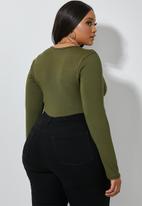 Superbalist - 2 pack scoop neck bodysuit - brown & khaki