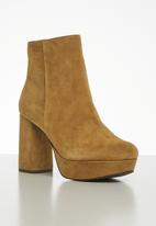 Steve Madden - Grate boot - brown