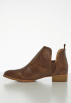 Jada - Brush ankle boot - brown