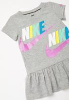 Nike - Nike sports wear dress - multi