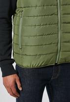 Superbalist - Lightweight sleeveless puffer jacket - green