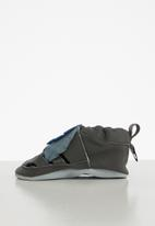 shooshoos - Feather leather slip-on - grey