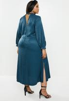 VELVET - Satin midi dress - blue