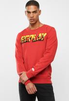 Replay - Replay flames crew sweat - red