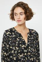 Jacqueline de Yong - Zoey v-neck blouse - multi