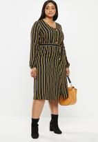 JUNAROSE - Asly midi dress - black & yellow