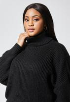 Superbalist - Rolled neck chunky jumper - black
