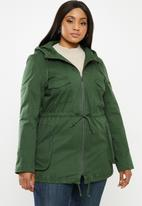 AMANDA LAIRD CHERRY - Semi lined utility patch pocket parka with hood - green