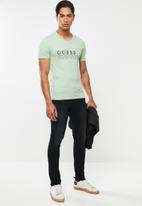 GUESS - Definition tee - green