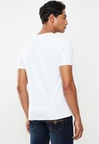 GUESS - Guess short sleeve 2 tone print tee - white