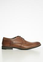 Pringle of Scotland - Greg leather lace up - tan