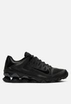 Nike - Reax 8 TR - black / black-anthracite