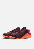Nike - Metcon 5 - night maroon / lt armory blue