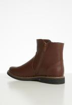 Butterfly Feet - Maliha boot - brown