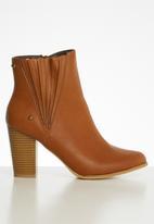 Miss Black - Cognac boot - tan