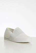 POLO - Giselle elastic slip on - white