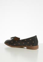 POLO - Camelia monogram tassel loafer - black & brown