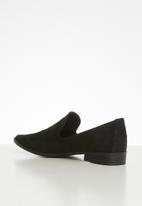POLO - Cassidy a cut suede slip on - black