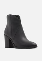 Call It Spring - Cecily boot - black