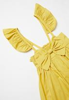 POP CANDY - Frill sleeve dress with bow - mustard