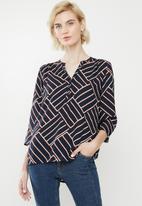 Jacqueline de Yong - Win treats blouse - sky captain