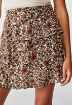 Cotton On - Byron tiered mini skirt Jordyn floral - mid brown