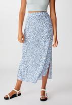 Cotton On - 90s slip skirt bronte ditsy - parisian blue