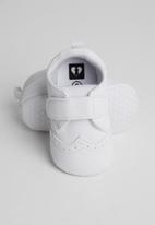 POP CANDY - Velcro strap brogue - white