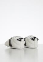 POP CANDY - Baby pull on sneaker - white