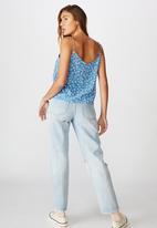 Cotton On - Astrid cami chloe daisy - blue & white