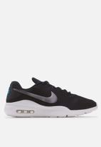 Nike - Air Max Oketo - black / mtlc cool grey-laser blue-white
