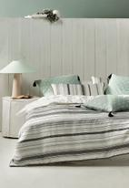 Linen House - Kemer duvet cover set - green