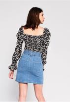 Glamorous - Petite puff sleeve blouse - black