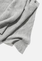 Rubi - Rebecca rib knit scarf - grey