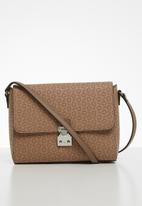 GUESS - Hutton crossbody flap - neutral