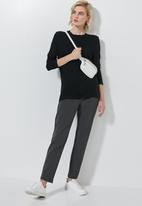 Superbalist - 2 Pack high neck longline tops - black & white