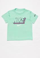 Nike - Nkb nike block knockout tee - emerald rise