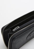 GUESS - Thornton slg medium zip around - black