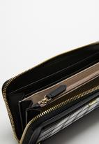 POLO - Zip around purse - black