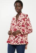 edit - Piecrust balloon sleeve blouse - pink & burgundy
