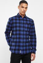 JEEP - Check regular fit long sleeve shirt - black & blue